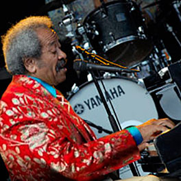Allen Toussaint performing on piano